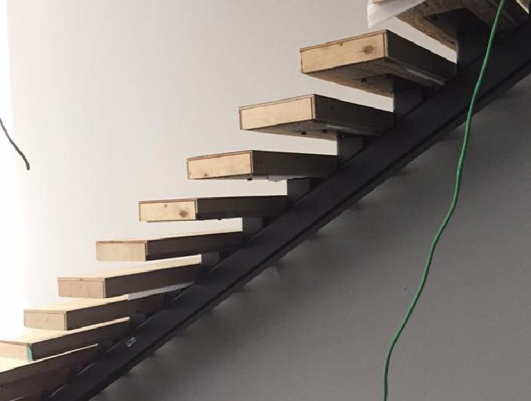 Minimalist Modern Interior Stairs